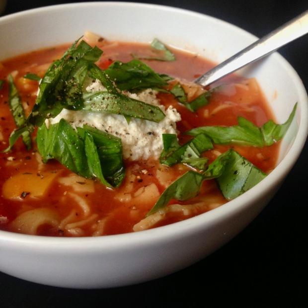 Lasagne soep met vegan ricotta